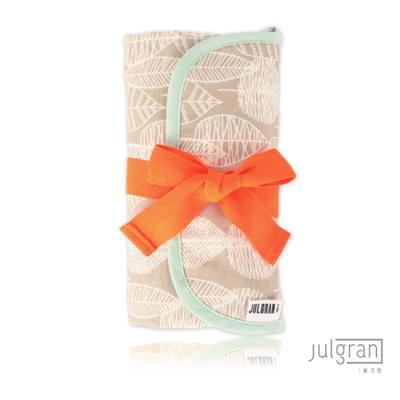 JULGRAN 휴대용 기저귀매트 라인리프 베이지