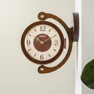 오리엔트 무소음 OT809 브라운 360도회전 양면벽시계