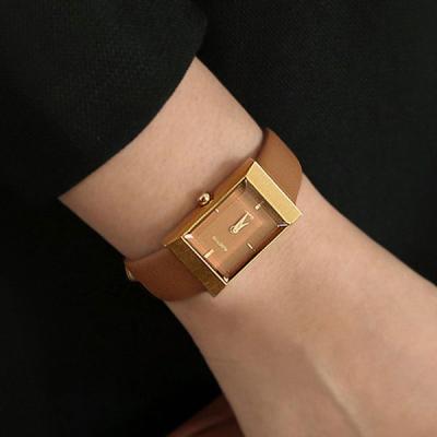 여성 빈티지 가죽 손목 시계 바우스 그리드 탠 골드