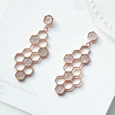 [애슬릿]마리아 육각 큐빅 드롭 귀걸이
