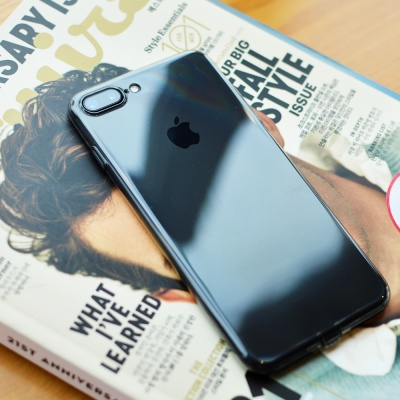 [Mcdodo] 0.4 크리스탈 소프트 슬림 자켓 아이폰 8·7 케이스