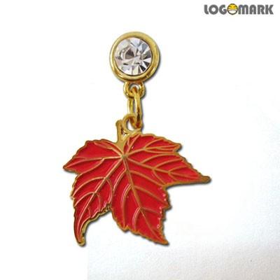 붉은 단풍잎 이어캡