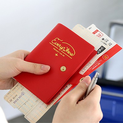 EVERYWHERE PASSPORT CASE