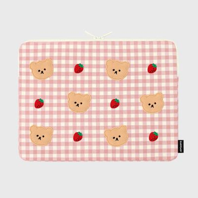 Dot strawberry check-pink-15inch notebook pouch