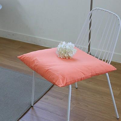 자체제작 파스텔 오렌지 사각쿠션 겸 방석