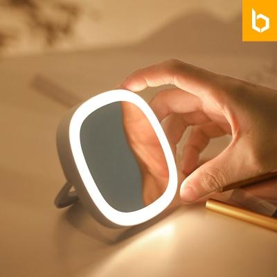 유즈비 LED 조명 휴대용 미니손거울 뷰티아이템