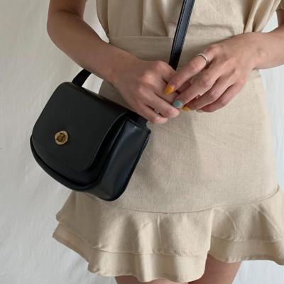 여성 크로스백 숄더백 가방 데일리 토이모즈