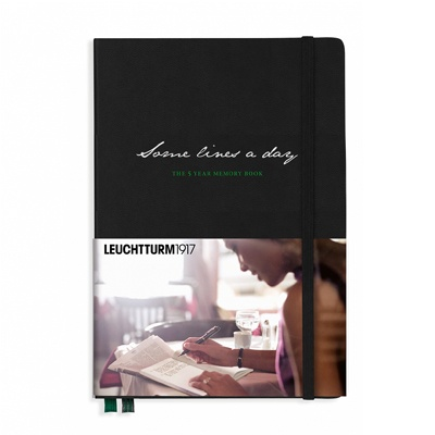 로이텀 5 Year Memory Book Medium (A5)
