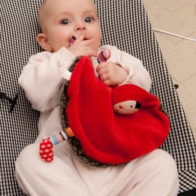 에불로보 프랑스 애착인형 울프와 빨간두건쓴 소녀