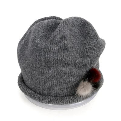 [디꾸보]털방울 패치 리본 스트링 비니 모자 AC501