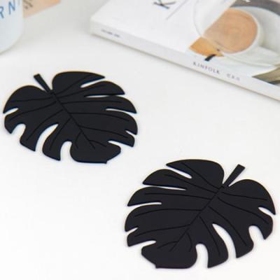 미니멀 블랙 나뭇잎 컵받침 2개1세트