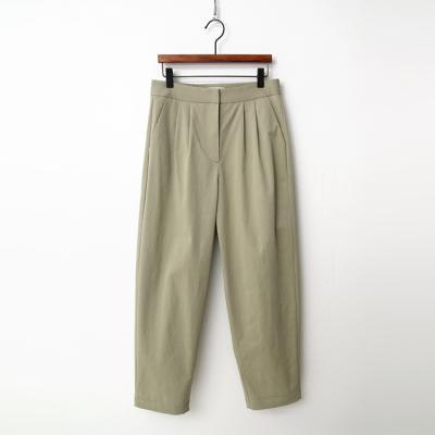 Cotton Pintuck Baggy Pants