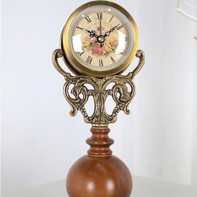 앤틱 트로피 우드 탁상시계 탁상 시계 디자인 추카