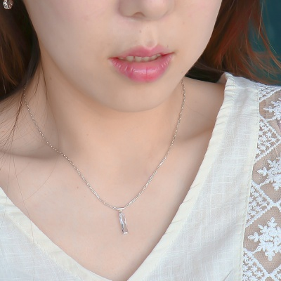 [Uni.J] i_n44 rectangle crystal stone necklace