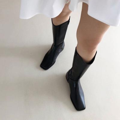 Queen Long Boots