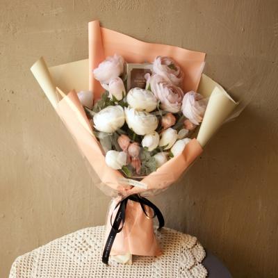 실키 라넌큘러스 수제초콜릿 사탕꽃다발
