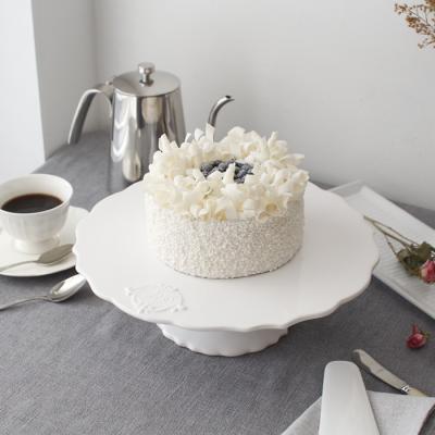 크라운 화이트 케이크 스탠드