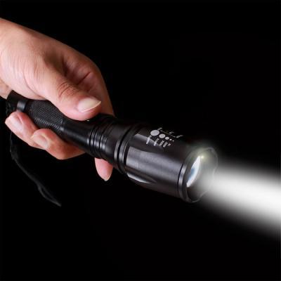 (와인앤쿡)실속형15W LED 강력 고휘도 줌 손전등1P