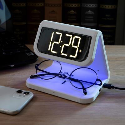 유엠투 AL900 고속 무선 충전 UV 살균 알람시계