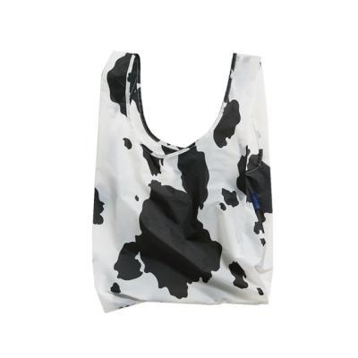 [바쿠백] 휴대용 장바구니 Cow Black And White