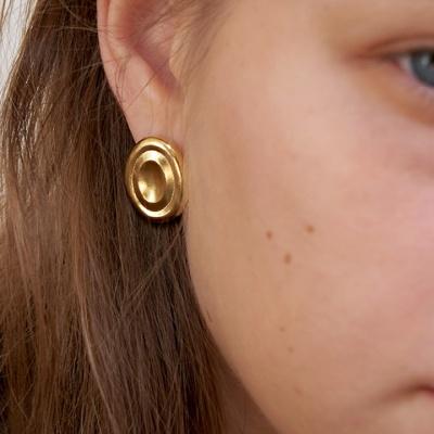 bola stud earring - L