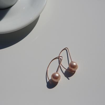 14K 핑크 진주 반앵글 귀걸이