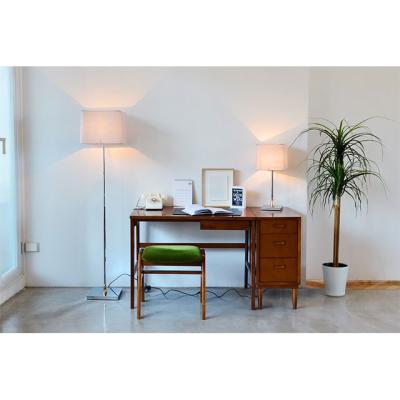 [OR] 세련된 침실 테이블 조명 플라티나 장스탠드