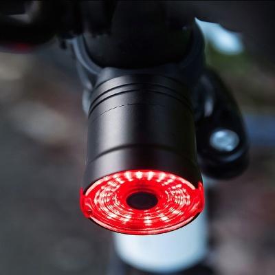 스스로 생각하는 자전거 스마트 LED후미등 주행감지