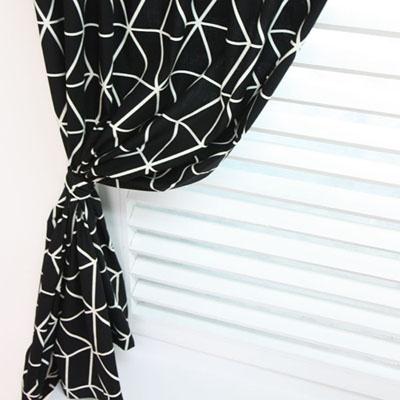 기하학 패턴 암막커튼 - 블랙
