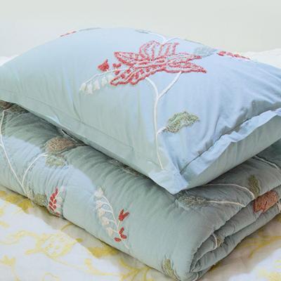 푸른바탕에 꽃자수 베개커버