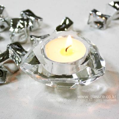 삼각크리스탈촛대