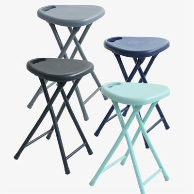 아도라하우스 철재 폴딩 삼각 의자