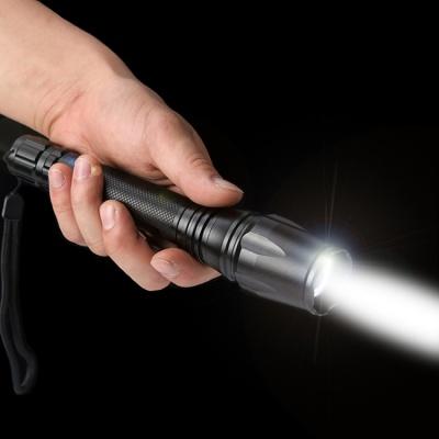 15W LED 강력 고휘도 줌 손전등