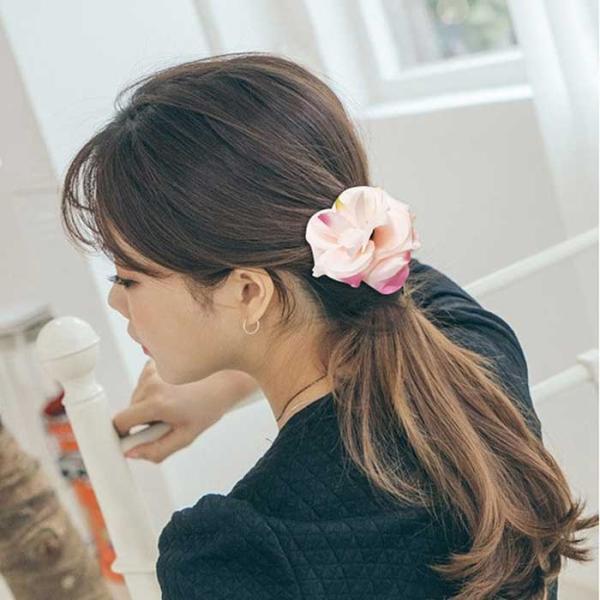 데일리룩 꽃 헤어핀 collection CH1417555