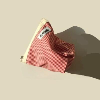 아에이오우 파우치_Red Candy Check M
