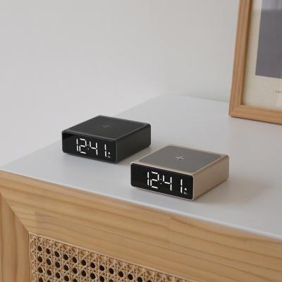 [무아스] 10W 미니 스퀘어 무선충전 알람시계