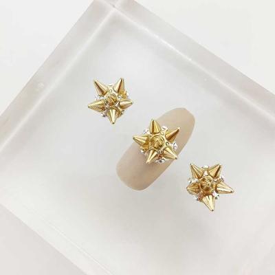 Woman bonita nail parts 큐빅메탈 3D스타 1개