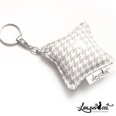 [리스캣] 스와로우 열쇠고리-[크림]