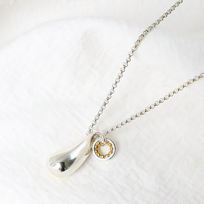 i_n28 - water drop signature necklace