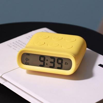 유즈비 스네일 타이머 알람시계 UTC-101 날짜시계알