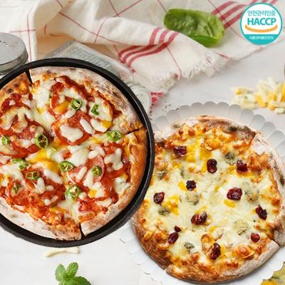 화덕에 구워낸 매운 페페로니 피자+고르곤베리 피자