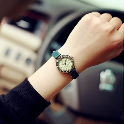로망스 여성 손목시계