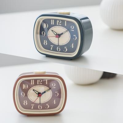 오리엔트 OT1612 무소음 레트로 삐삐알람 탁상시계