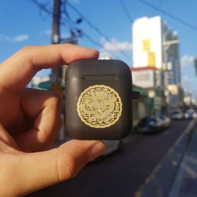 전통문양 흑색 곤룡포2 에어팟 케이스
