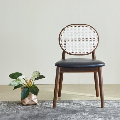 [리비니아]베리가죽 핸드메이드 라탄의자