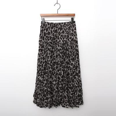 Leopard Wrinkle Long Skirt
