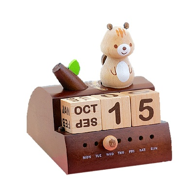 우더풀라이프 달력 SQUIRREL ON BRANCH WOODEN CALENDAR W/MUSIC