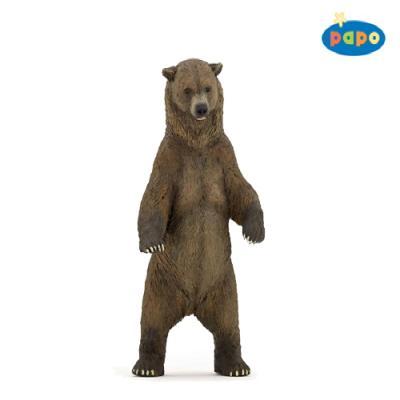 서있는 곰