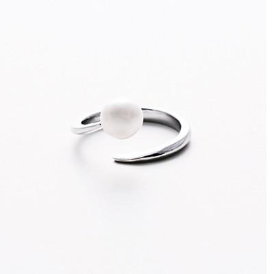 Tornado Pearl silver ring