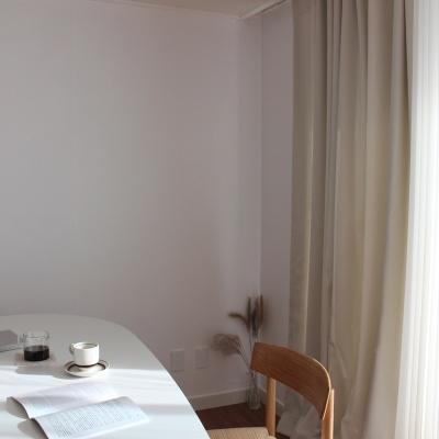 주조밍 내추럴톤 호텔 닮은 아이보리 암막커튼